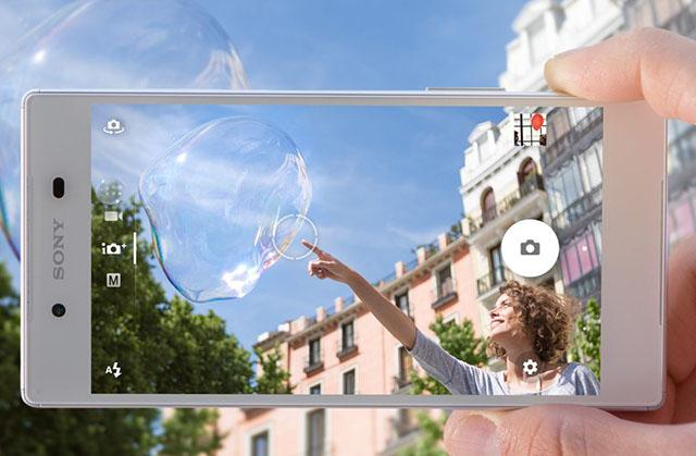 Tin vắn ngày 11/10/2015: Sony cướp ngôi vua ảnh chụp điện thoại của Apple?
