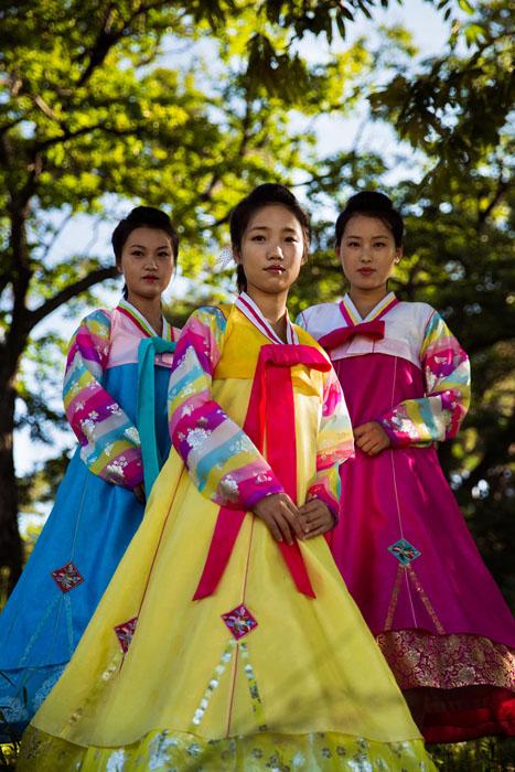Không chỉ có Kim Jong Un, Bắc Hàn cũng có phụ nữ đẹp! - 50mm Vietnam