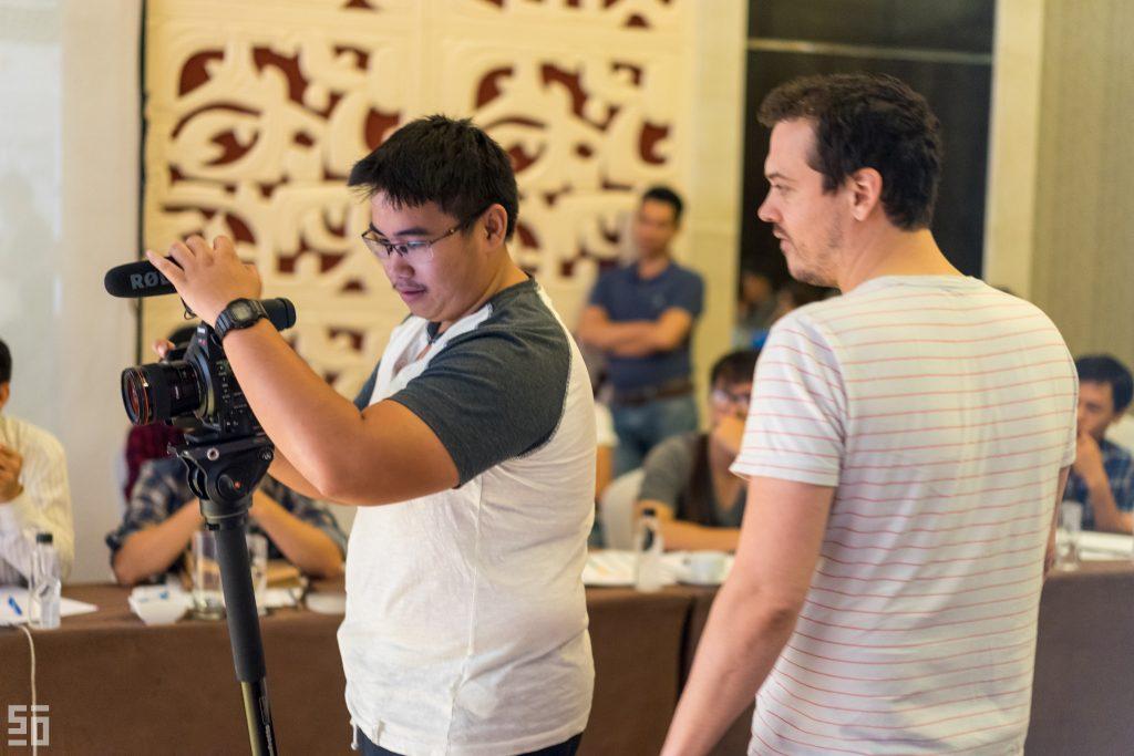 Kí sự Stillmotion - Hãy để câu chuyện lên tiếng! 50mm Vietnam