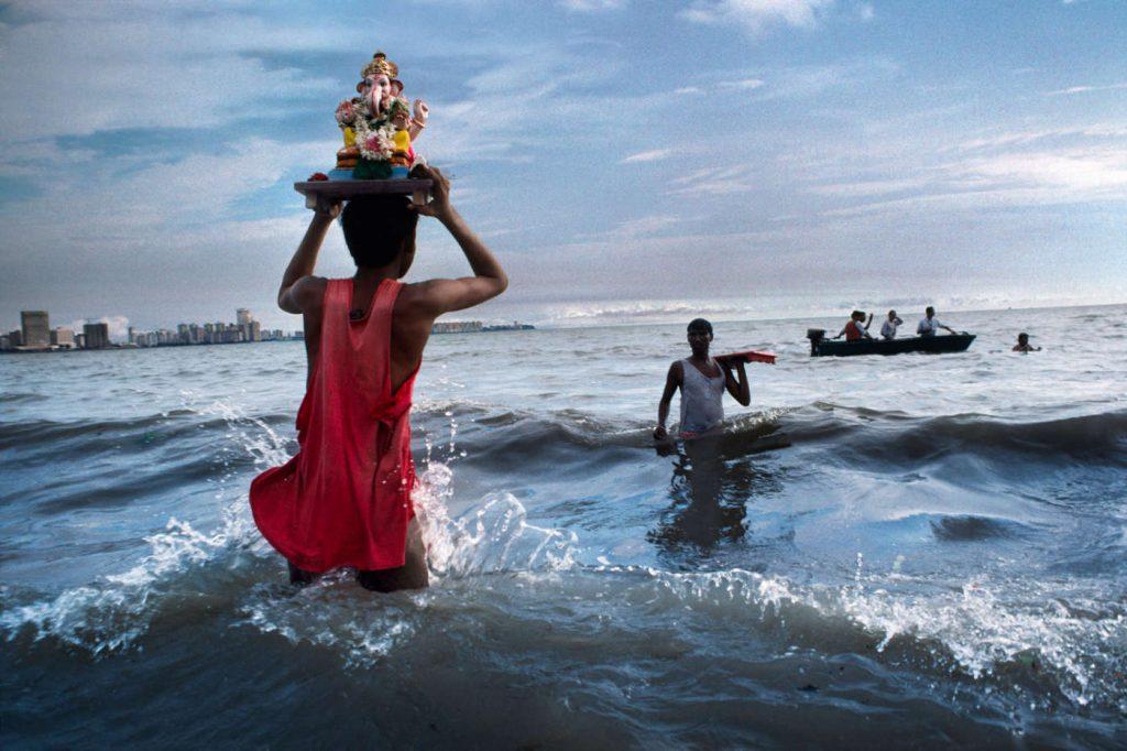 Ngắm nhìn 30 năm đổi thay của Ấn Độ qua ảnh của Steve McCurry - 50mm Vietnam