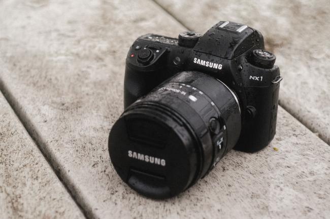 Tin vắn ngày 15/11: Fuji X-Pro 2 sẽ không có màn hình lật! - 50mm Vietnam