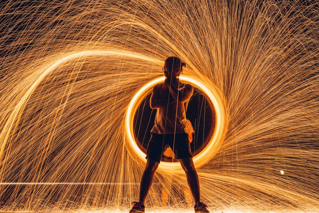 [Video] Hướng dẫn chụp ảnh múa lửa! | 50mm Vietnam Official Site