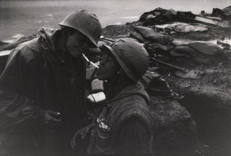 Phóng viên ảnh David Douglas Duncan qua đời ở tuổi 102 | 50mm Vietnam