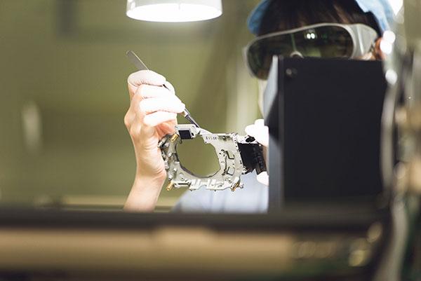Nikon Z được sản xuất công phu như thế nào | 50mm Vietnam