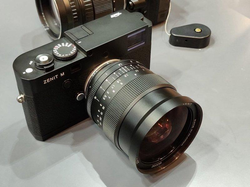máy ảnh zenit M