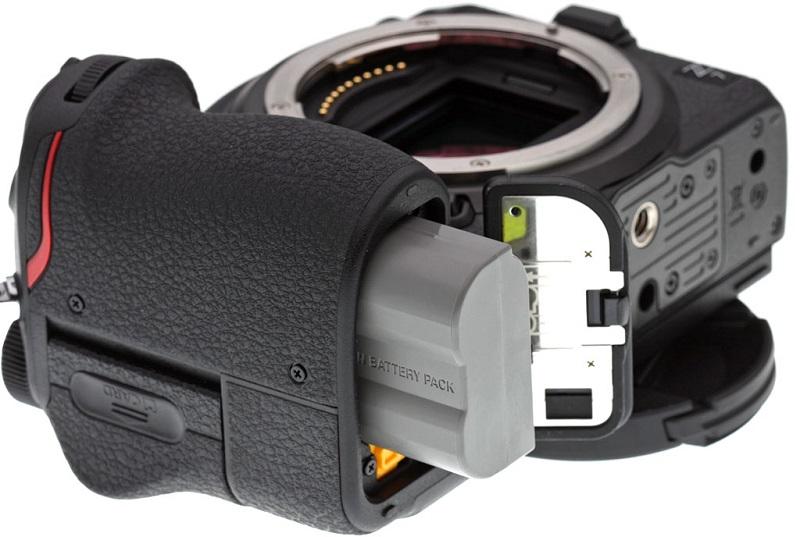 Cách nhận biết các phiên bản pin EN-EL15   50mm Vietnam